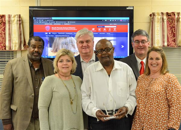 Mississippi School Board Association recognizes SPSD