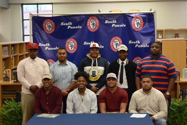 Nine SPHS football players sign National Letters of Intent